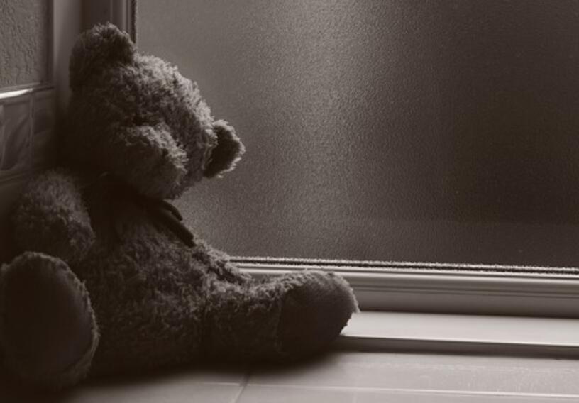 形容自己很难过的句子 表达心情极度悲伤的句子