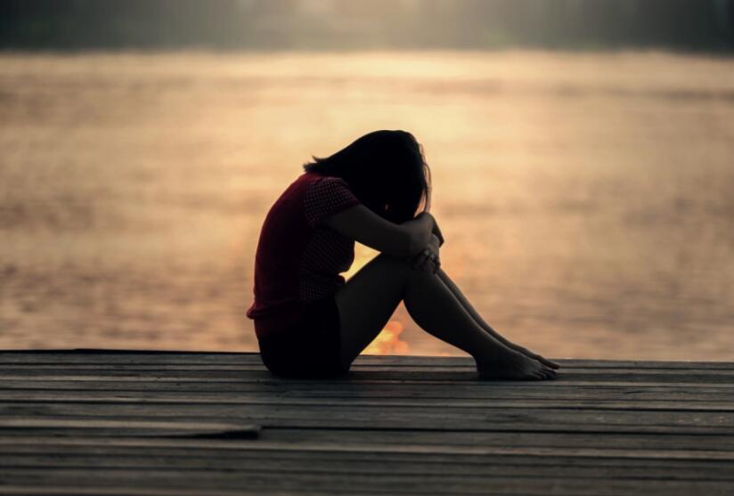 女人难过的句子 女人悲伤失落的说说句子