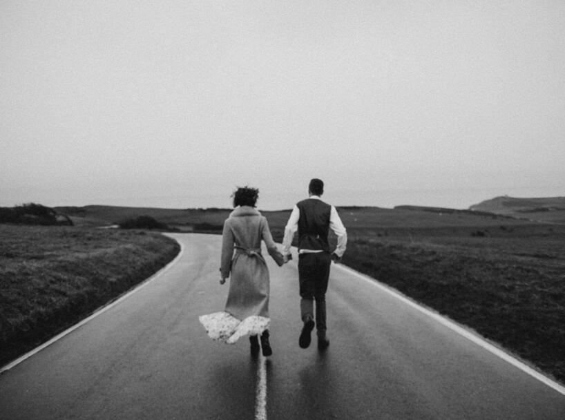 回忆爱情的经典句子 关于爱情回忆的语录