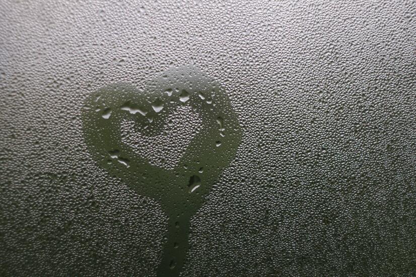 凄美的爱情句子 凄美悲伤的伤感爱情语录