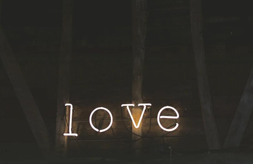 可爱的爱情句子 可爱浪漫的爱情语录