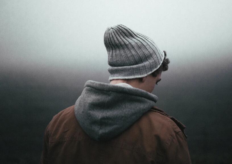 心里很失落难过的句子 心里悲伤难过的语录