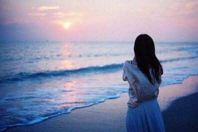 女人正能量美丽的句子 女人要活得漂亮的句子