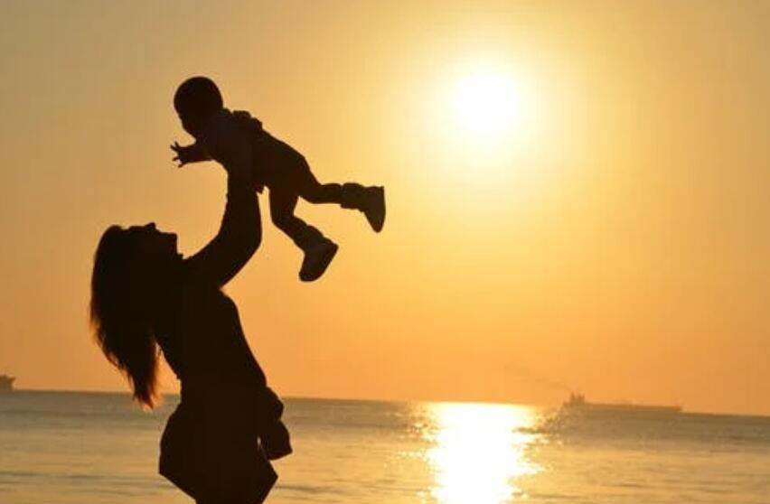 母爱亲情的句子 关于母亲亲情的优美句子