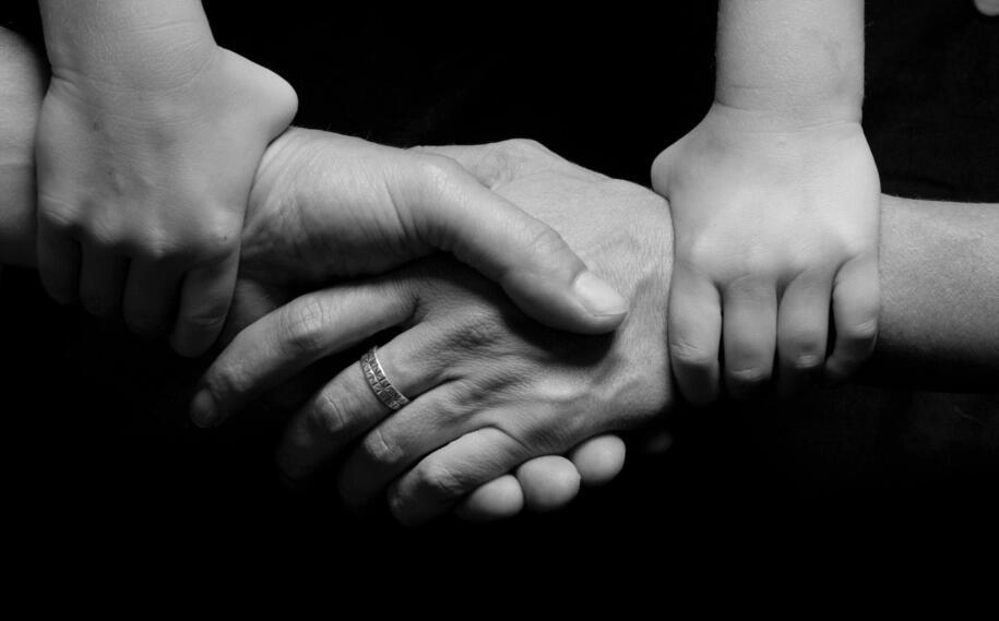 亲情和睦的句子 关于亲情家庭和睦的句子