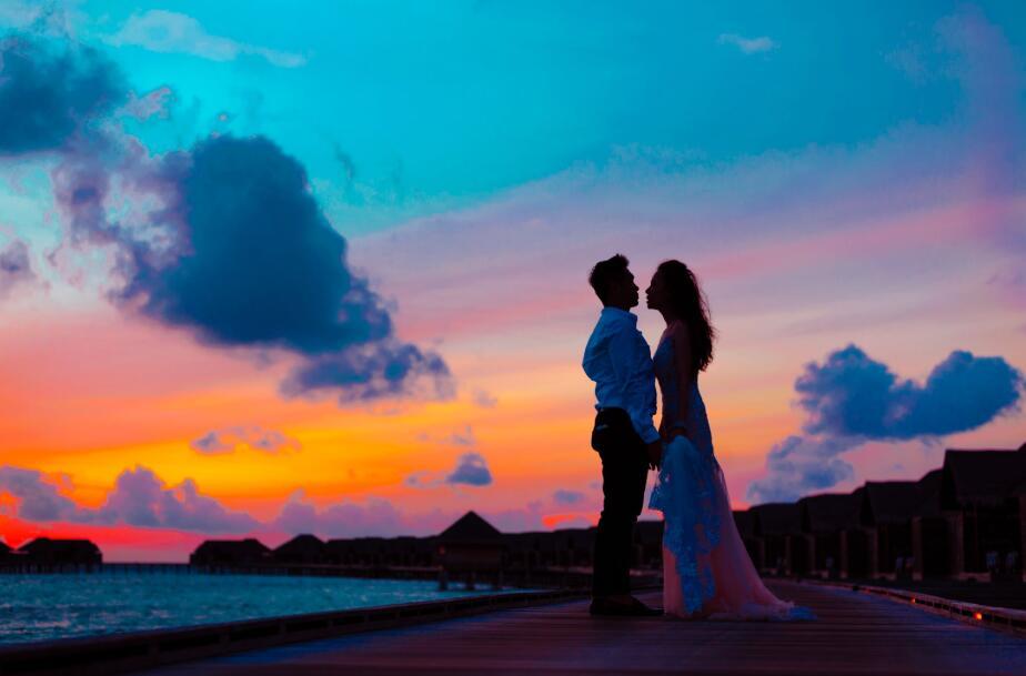 新娘向新郎感人的表白句子 新娘对新郎的煽情告白语录