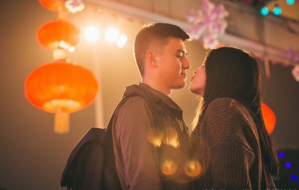 安慰女朋友心烦的句子  安慰女生心情不好的句子