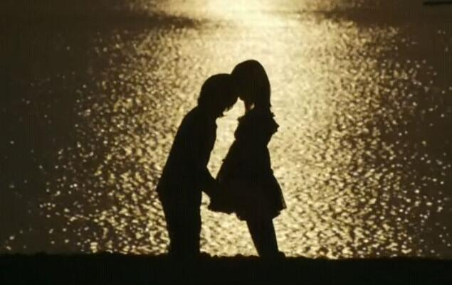 感动到哭的告白的句子 打动女孩子哭的真心话句子