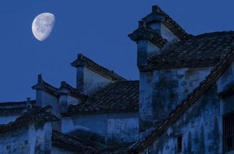 关于月亮的撩人情话 关于月亮的温柔仙句