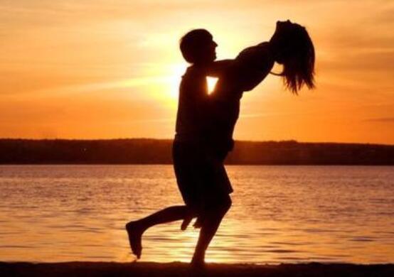 形容相爱的爱情的句子