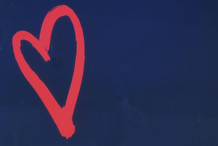 爱情美好的句子 平凡而美好的爱情语录