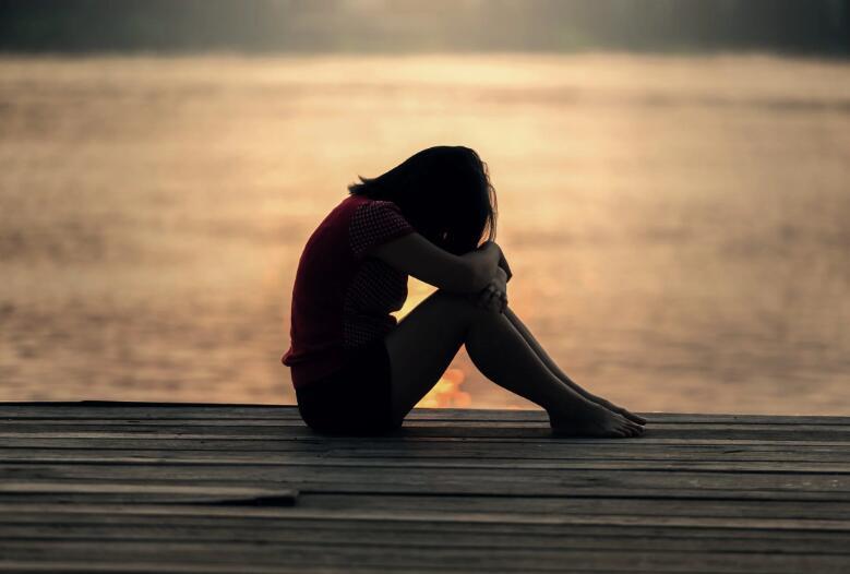 心情崩溃很难受的伤感句子