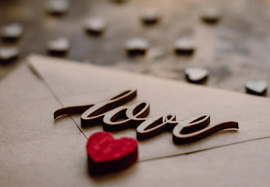 浪漫幸福唯美的短句 有内涵高端的浪漫语录