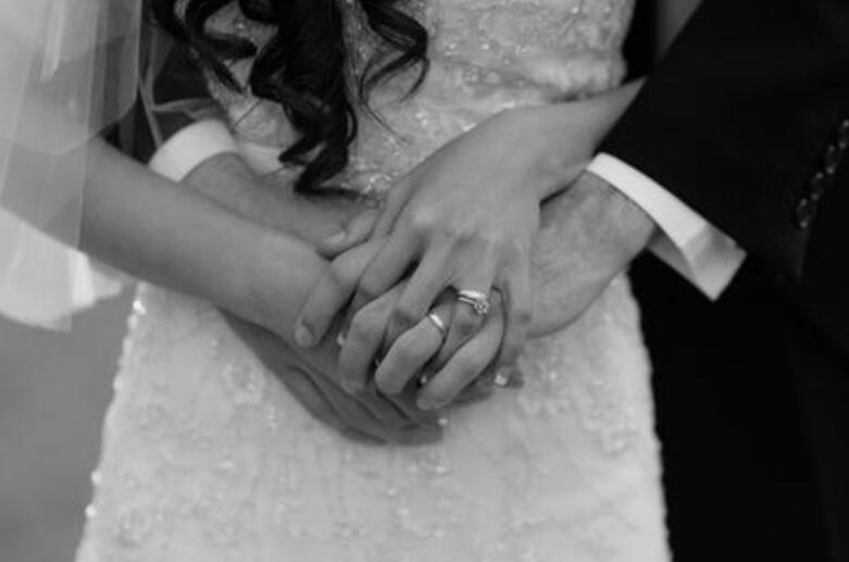幸福婚姻的句子