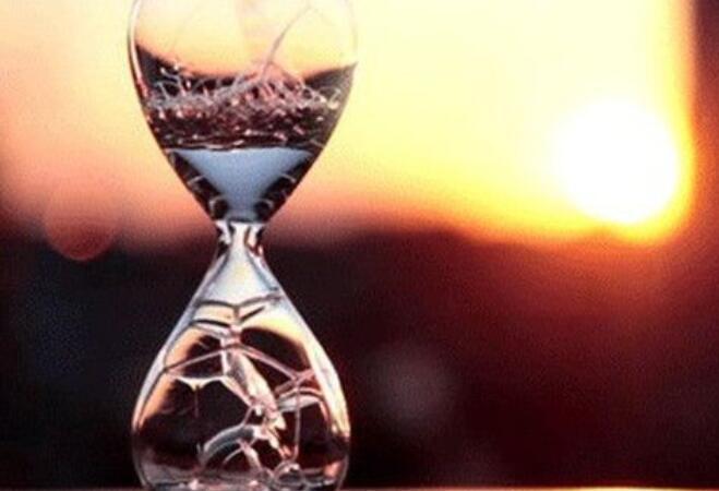 关于时光唯美有诗意的句子 关于时光的唯美句子