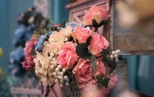 关于花的伤感句子大全 关于花凋谢的伤感说说