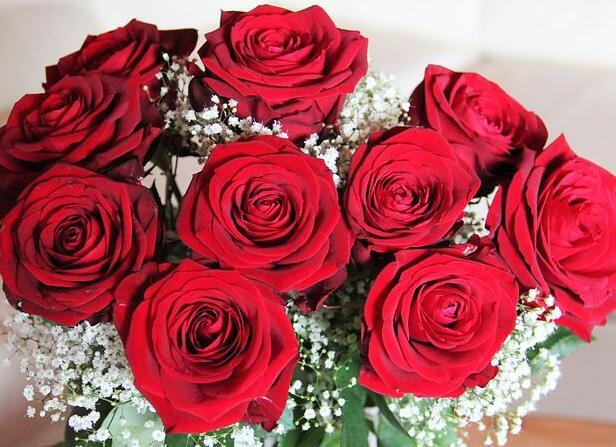 祝新婚快乐的祝福语 祝福一对新人的简短语句