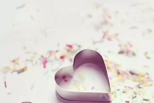 相信爱情的句子 相信爱情的句子唯美短句