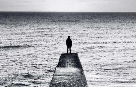 关于婚后的孤单的句子 孤单的说说心情句子
