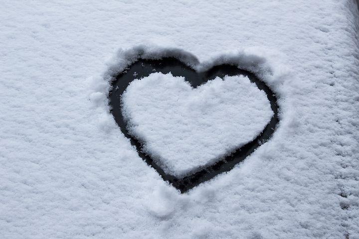 表达思念和爱意的语句 表达爱意的句子简短