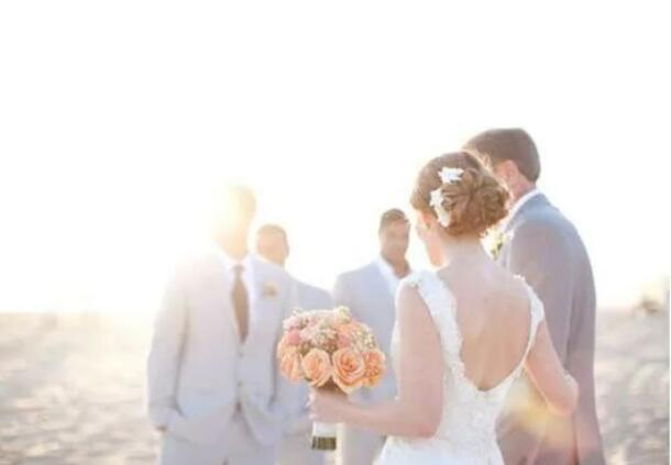新娘新郎祝福语 新娘新郎结婚祝福语