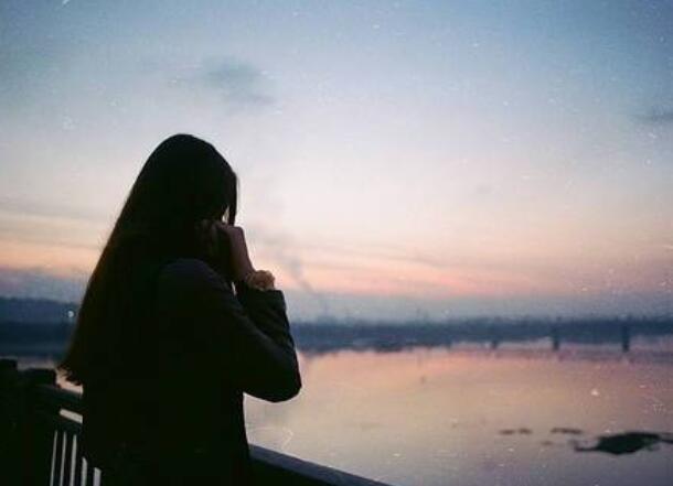 一个人心累伤感说说 心累的句子说说心情