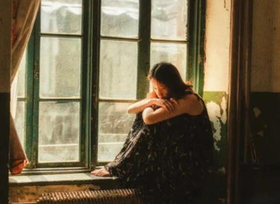 扎心让人心痛的句子 扎心句子短句感情