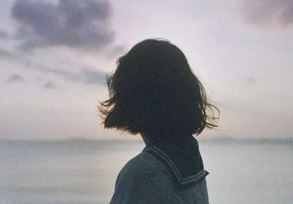 分手难过伤心的句子 失恋伤心的一句话