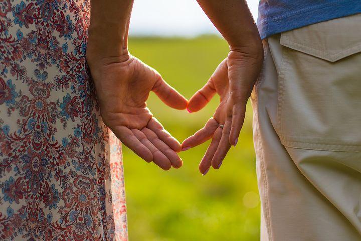 表达爱意的英文句子 英语表达爱的经典句子