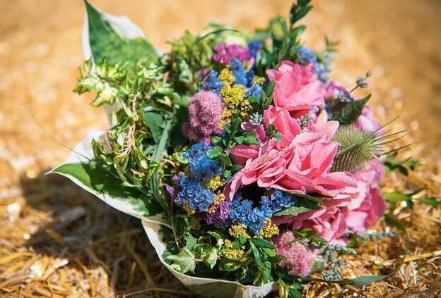 关于花的文艺句子 与花有关的文艺句子简短