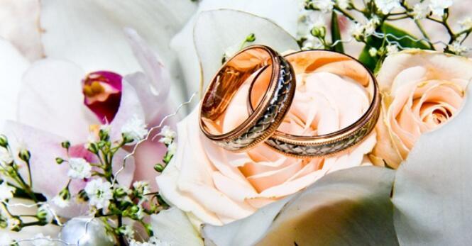 朴实的结婚祝福语 求一些朴实的新婚祝福语