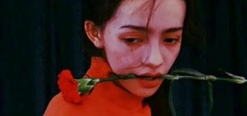 挽留一个人的心碎句子 伤心到哭的句子