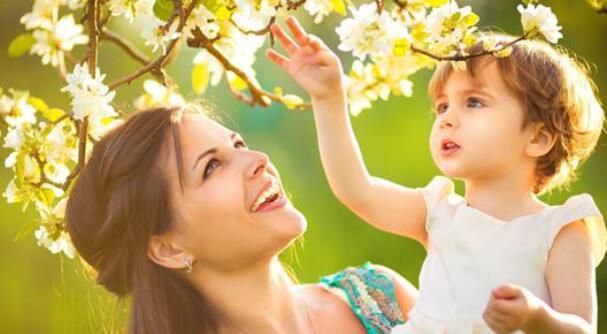 写给女儿的唯美的句子 表达对女儿的爱的短句