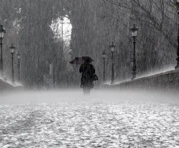 关于雨天的唯美句子