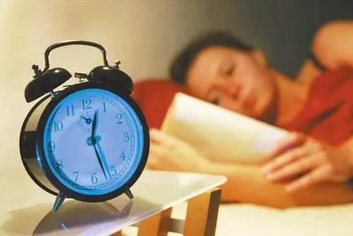 失眠了睡不着了心情说说