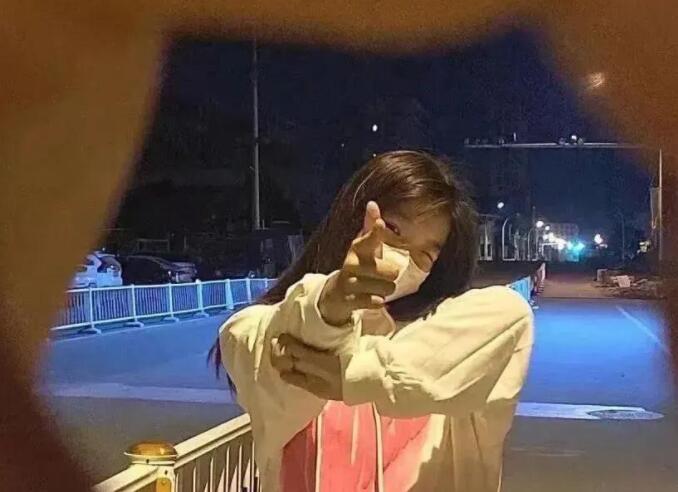 2021最火(梁医生不可以(限)夜雨无梦)全文阅读