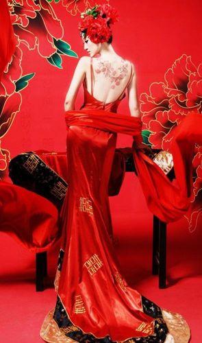 中国嫁衣的唯美句子 描写古代大红嫁衣的句子