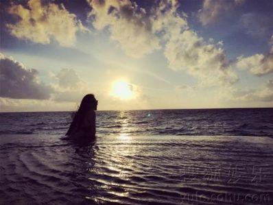海边的文艺句子 海边看烟花唯美句子