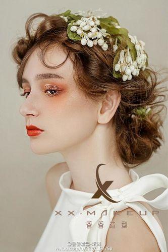 赞美精致的妆容的句子 赞美化妆手艺好的句子有哪些?