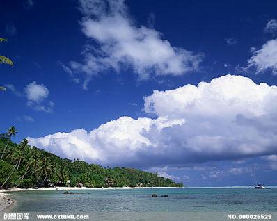 形容有山有海的美句 10句与山或海有关的诗句
