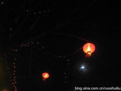 夜晚的一盏灯的句子 描写夜晚只有一盏灯光的孤独句子