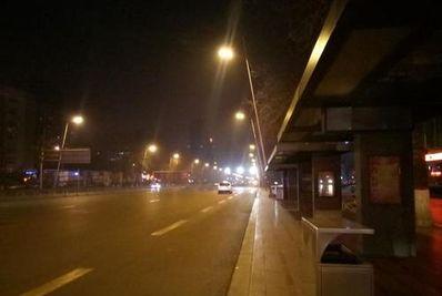 描写凌晨街头的语句 描写街头的句子有哪些?